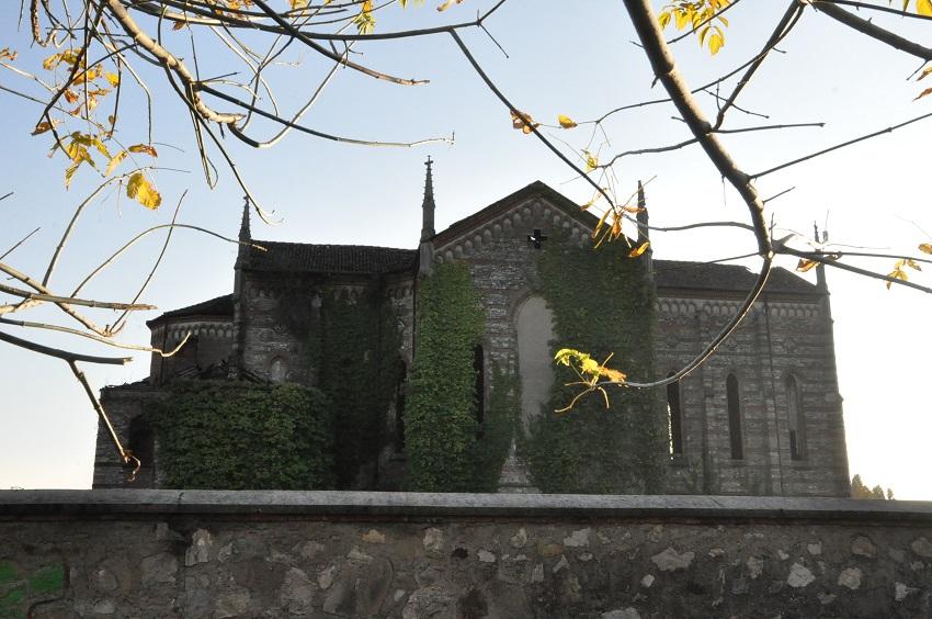 Oratorio Merate basilica abbandonata
