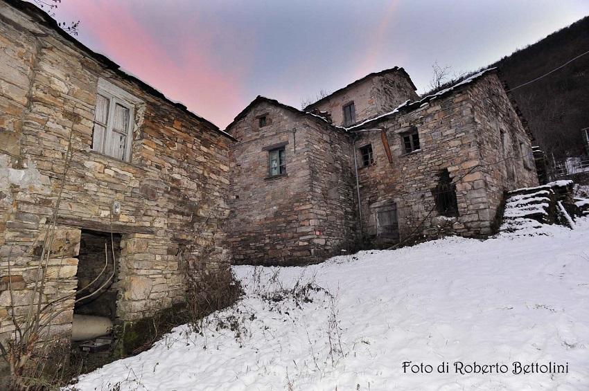 Il borgo abbandonato di Rovaiolo Vecchio